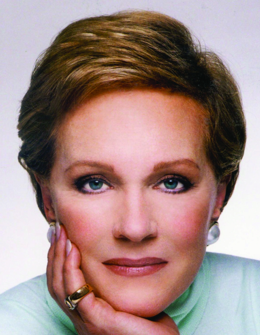 Julie Andrews - Julie Andrews Married to Designer